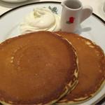 45963744 - パンケーキとコーヒーのセット(1100円)
