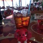 オレンジ カウンティ Cafe - アイスティー 250円