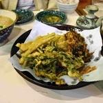 沖縄食彩 あじまあ - 天ぷら盛り合わせ 味噌汁