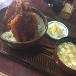 45972796 - 名物ソースカツ丼★                       ぶあつーいカツが3枚も!!