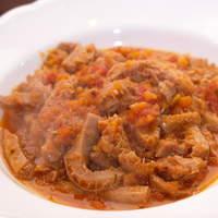 オステリア ベオーネ - BEONEの定番 トリッパのトマト煮込み
