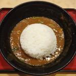 """えびすや - わたしの何時もの食べ方です。 """"カレーうどん 大盛"""" の麺を頂いた後の 残った カレー出汁 に ごはん を入れて、これから和風カレーライス を頂きまぁ~す 。"""