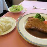 ハナワグリル - 神戸ポークのロース豚肉 ポークカツランチ1600円