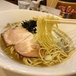 45981798 - 「極煮干しそば(醤油)」の麺