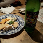 紙屋市べゑ - チーズと能登ワイン