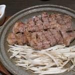 旬感・炭・炙り 高井 - 糸島豚の炭火焼き