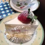 アンジェリック・ドーワ 栗東店 - ショートケーキ