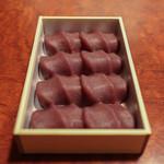 赤福茶屋 - 赤福餅 「折箱8個入」☆
