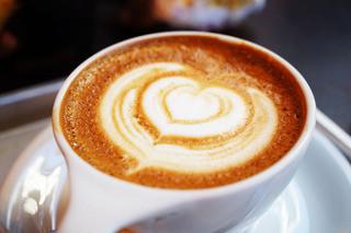 GORILLA COFFEE 渋谷店 - カフェラテ。今回はハートにしてくださいました♪