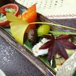 Kinnabe - 「牛鍋コース」前菜