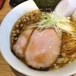 ラーメン屋 游 - 醤油ラーメン700円