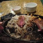 フジヤマ - 火の通り方がステーキハウスらしい