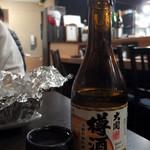 もつ焼 てらさん - 樽酒(750円)