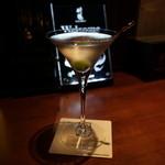 ザ・ニッカバー - Vodka Martiniをシェイクで
