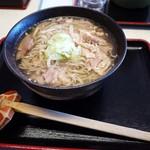 山形の肉そば屋 - 冷たい肉そば(大盛