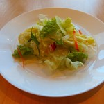 源流レストラン - セットのサラダ