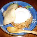 吉富 - 料理写真:マグロ屋ですがインドネシア料理もやっています。