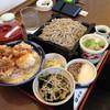 遊鶴 - 料理写真:鶏親子天丼セット1,070円