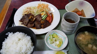 民宿&和風グリル瀬戸 - 焼肉定食