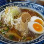 紺のれん - 料理写真:15.12 ねぎ豚ラーメン(醤油)(790円)