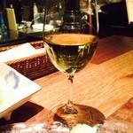 料理店 Caiotto - 冷えた白♫好きですわ〜