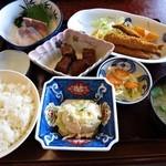 割烹 一の矢 - 本日のサービス定食A 950円外税 (^^@