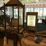 46034189 - ホテル阪急インターナショナル 2階 にあるカフェです