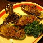イタリアンレストラン アランチーニ 桜上水 - パーナ貝の香草焼き 美味い!