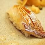 弥助 - 小鯛