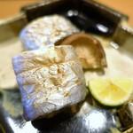 割烹・蕎麦 波と風 - 明石の太刀魚の炭火焼き