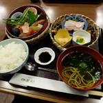 四季彩 - 初春弁当(2200円)2016年1月