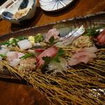 和み酒 帆凪 - 刺身盛り合わせ:平目、シマアジ、太刀魚、真はた、白烏賊、天然鰤