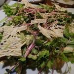 和み酒 帆凪 - 蒸し野菜と畳鰯のサラダ