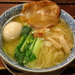 麺屋 空海 参宮橋店 - 味玉そば(塩)