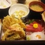 食事処 熱海 祇園 - 刺身、天ぷら定食。