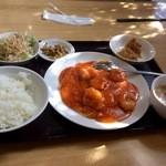 中華料理 六和堂 - 料理写真:ランチのA、エビチリと玉子ソース