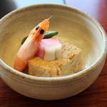 清水 順正 おかべ家 - 焚き合わせ…彩の良い豆腐の煮物