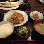 食堂みやもと - 生姜焼き定食。