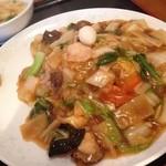 萬壽園 - 料理写真:五目やきそば