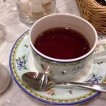 幸せのパンケーキ - 紅茶