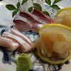 旬彩 和らく - 料理写真:ぶり刺身、アコヤ貝の貝柱の刺身
