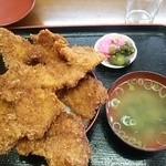 ニコニコ亭 - ソースかつ三枚丼