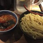 三田製麺所 - 辛つけ麺 大盛