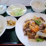 日昌園 - 牛肉のオイスターソース定食(ランチ)