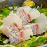 漁料理 やまね - 鯛の刺身丼定食 500円