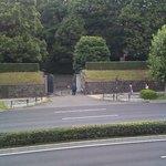 レストラン薔薇 - 窓からは赤坂の皇室警護が・