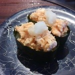 かね喜廻鮮寿司 - とろサーモン軍艦