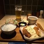 炭火焼鳥 権兵衛 - チキン南蛮ランチ&生中1404円(税込)