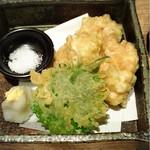 旬菜肉焼居酒屋ぼんた - 白子の天ぷら