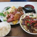 波止場食堂 - 今日のランチ:肉ソバとポーク玉子